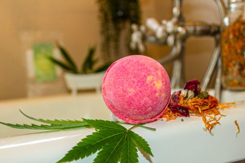 BASKIN Tropical Splash Bath Bomb